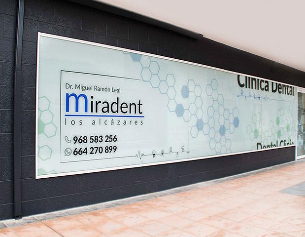 fachada-clinicadental-miradent